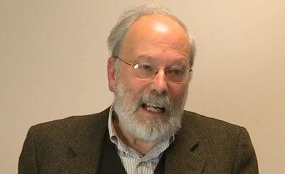 Gianni Tamino, docente di chimica dell'Università di Padova, è esperto di problemi ambientali, energie rinnovabili, sostenibilità, biotecnologie