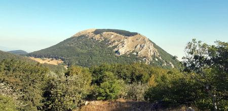 Il Monte San Vicino visto da Sud