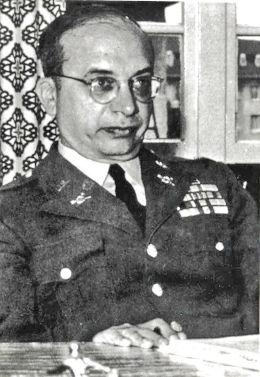Il tenente colonnello dell' USAF Philip J. Corso raccontò il coinvolgimento proprio e dei militari nelle operazioni di recupero, occultamento e analisi dei resti dell'ufo crash di Roswell